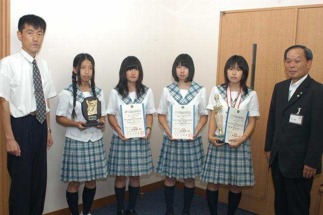 南砺福光高等学校制服画像